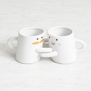 Hugging Mugs